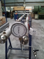 Hydraulic test for pressure vessel: 550 barg
